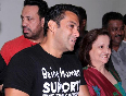 Salman Khan with veteran dancer Vaishali Irani at the launch of fitness center NITRO Pure Fitness in Thane photo