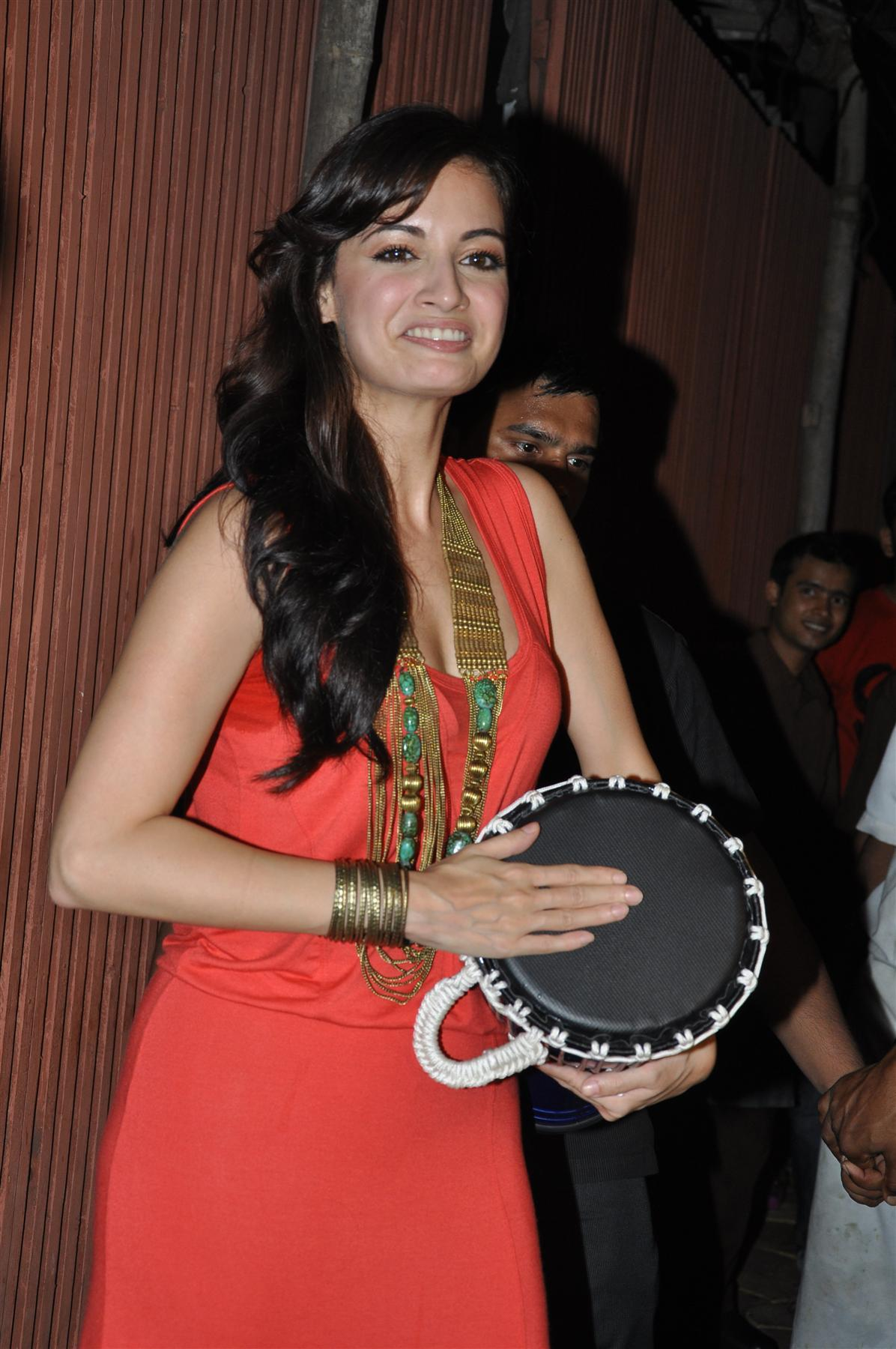 Dia Mirza playing the bongo at film Love Breakups Zindagi ... Dia Mirza In Love Breakup Zindagi