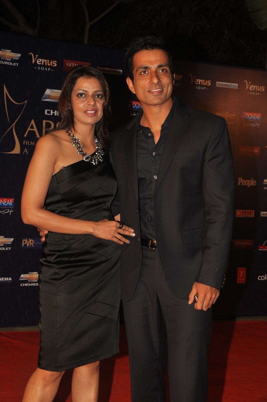 Sonu Sood with wife at APSARA FILM TV PRODUCERS GUILD AWARDS