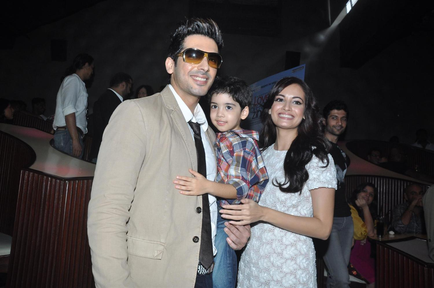 zayed khan with son zidaan and dia mirza rediff