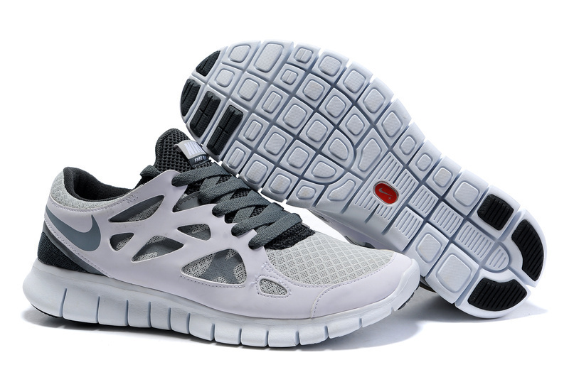 nike free runs white and grey