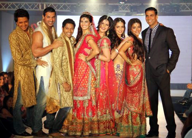 Film Housefull 2 Entire Cast On The Ramp To Promote Their ...