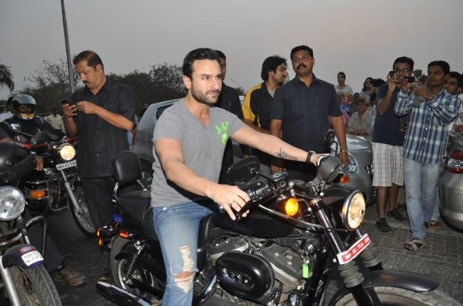 saif ali khan promoting film agent vinod with bike ride at carter road-photo4