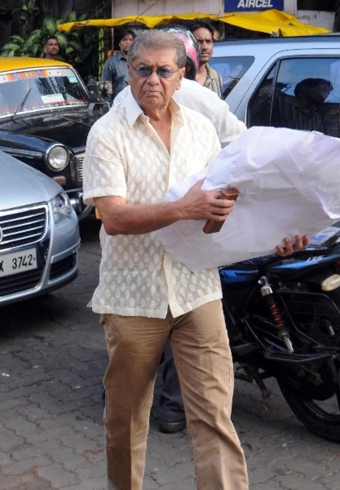 Shobha De  s husband Dilip De