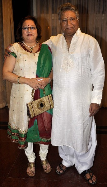 National Award Winner Actor Vikram Gokhale With His Wife At The 4th