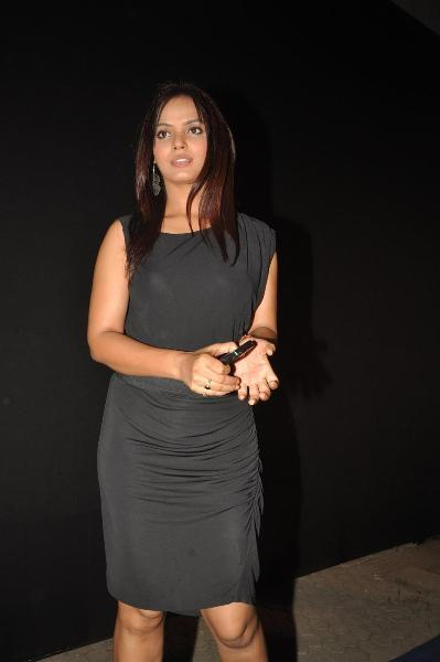 bollywood celebs at planet volkswagen launch at blue frog-photo3