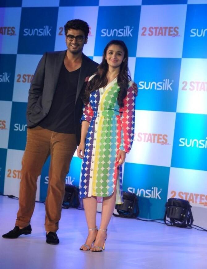 Arjun Kapoor with Alia Bhatt at film 2 STATES promotional ...