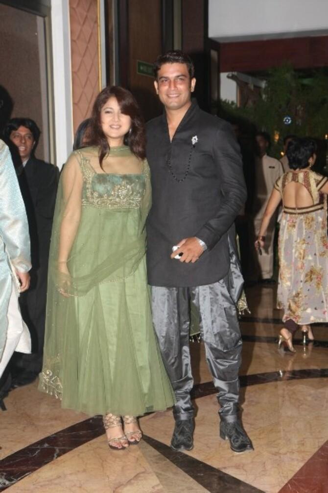 Sharad kirti wedding