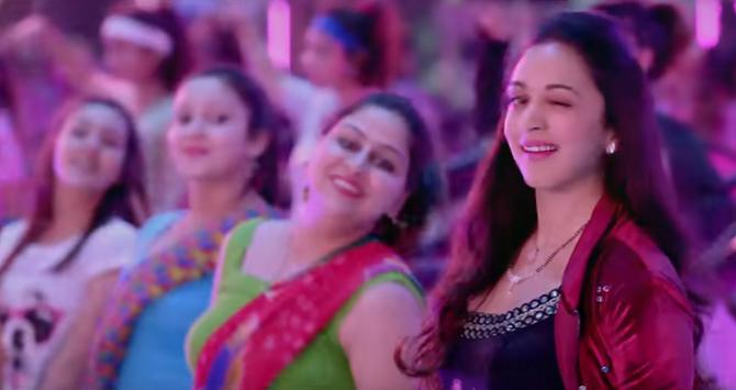 Kiara Advani starrer Good Newwz Movie Photos   33