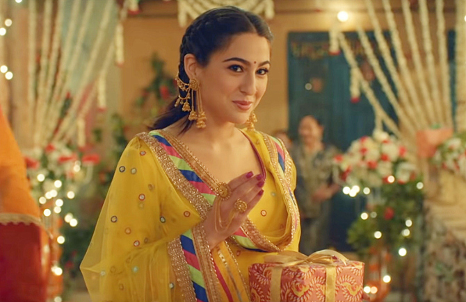 Sara Ali Khan starrer Kedarnath Hindi Movie Photos  21