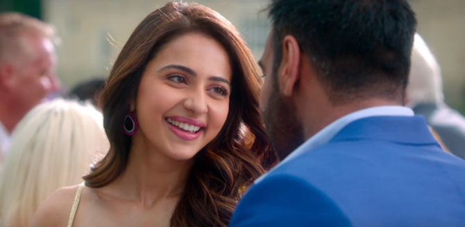Rakul Preet Singh   Ajay Devgn De De Pyaar De Hindi Movie Photos  21