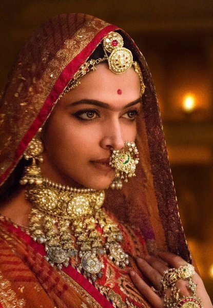 Deepika Padukone PADMAAVAT movie Stills  14