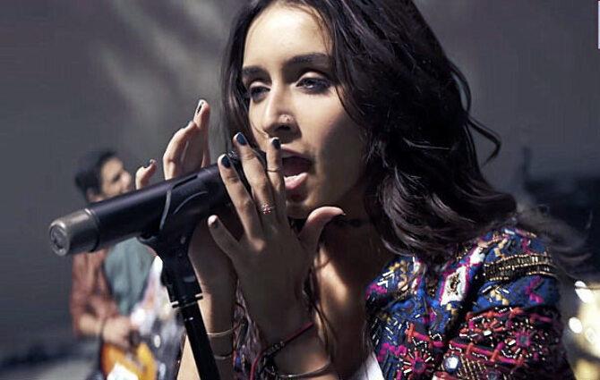Shraddha Kapoor Rock On Song Photo