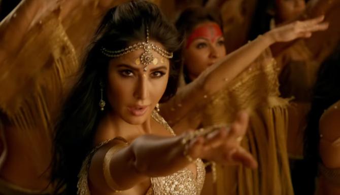 Katrina Kaif starrer Thugs Of Hindostan Movie Stills  14