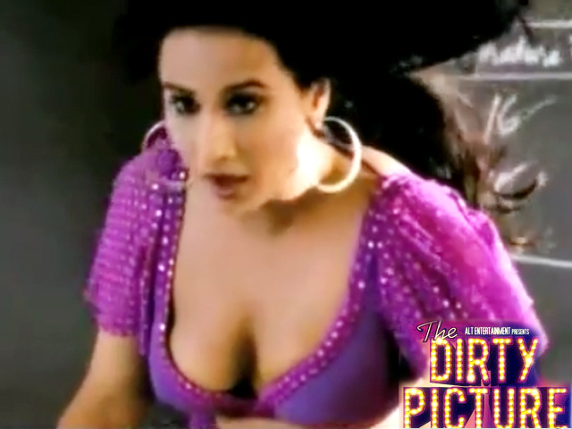 Vidya Balan In Black Blouse The Dirty Picture