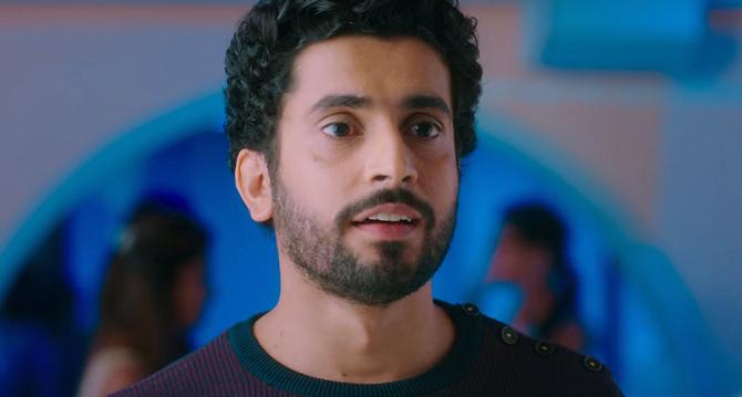 Sunny Singh Sonu Ke Titu Ki Sweety Movie Stills  47