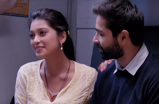 Digangana Suryavanshi   Varun Mitra Jalebi Movie Stills  2