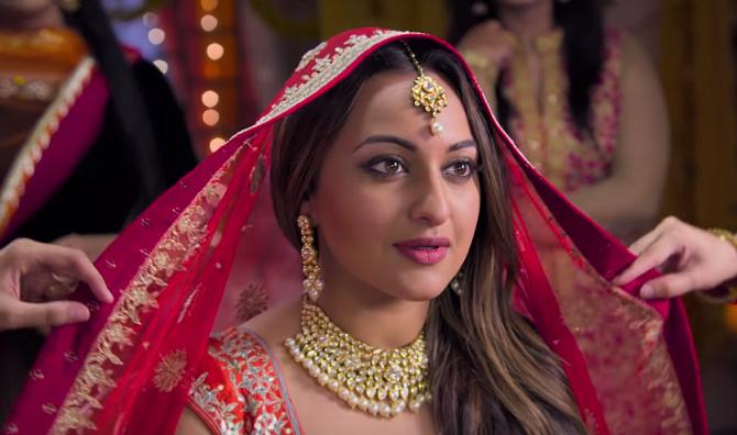 Sonakshi Sinha Happy Phirr Bhag Jayegi  Movie Stills  2