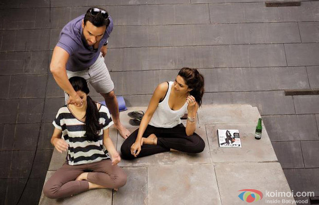 Saif Ali Khan Teach Yoga To Diana Penty and Deepika Padukone in Cocktail Movie Stills