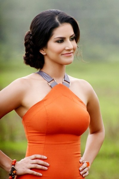 Sunny Leone Image from film Jackpot