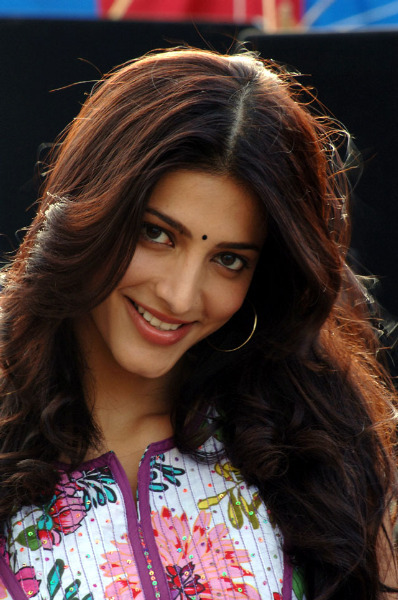 Shruti Haasan 7th Sense pic