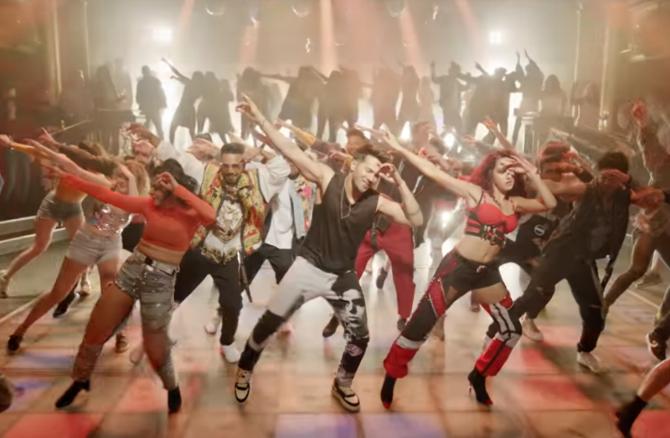 Nora Fatehi   Varun Dhawan starrer Street Dancer 3D Movie Song Garmi Pic  10