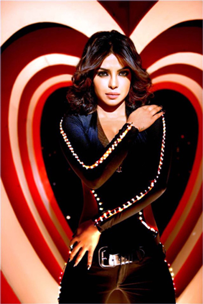 Priyanka Chopra Shootout At Wadala Babli Badmaash Song First Look