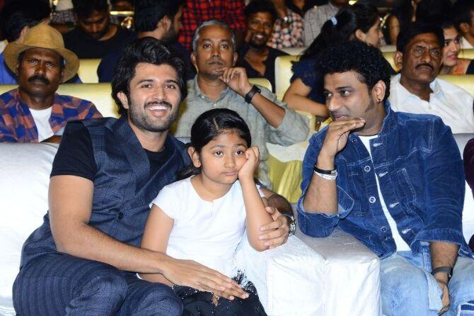 Mahesh Babu  Pooja Hedge  Allari Naresh starrer Maharshi Telugu Movie Event Pics  35