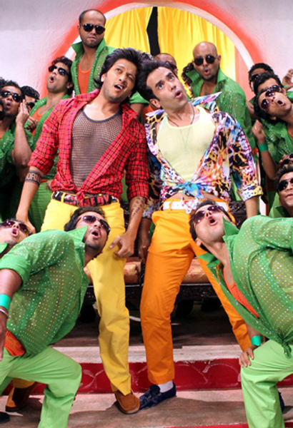 Tusshar Kapoor Ritesh Deshmukh Kyaa Super Kool Hain Hum Song Photo