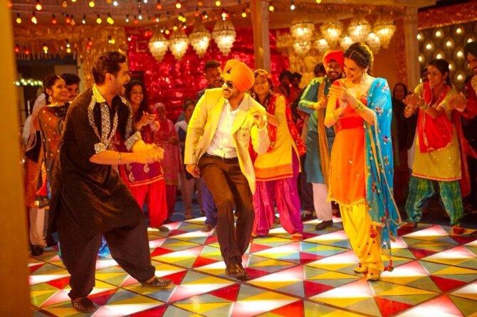 Taapsee Pannu   Diljit Dosanjih Soorma Movie Song Pics  3