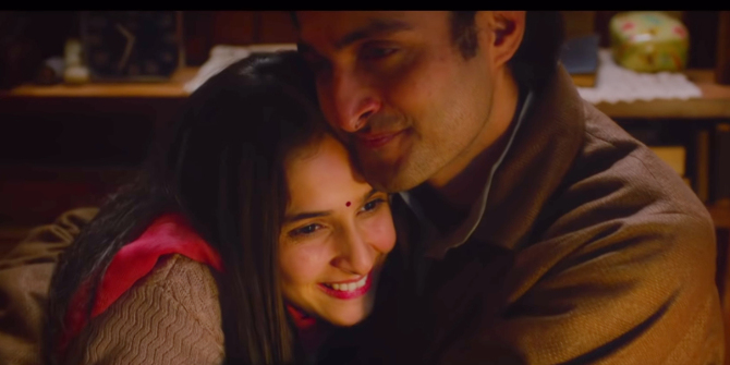 Shikara movie starring Aadil Khan and Sadia  22